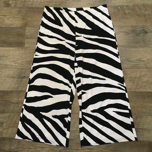 Chicos Pants 2 White Black Zebra Animal Print